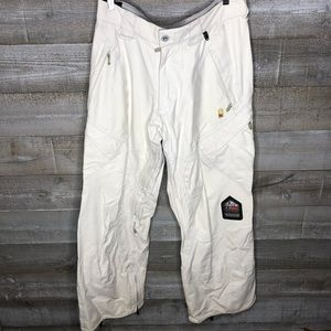 DC white mtn series snowboard pants